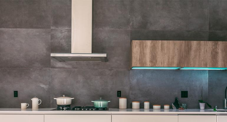 The 9 Best Range Hoods of 2019 to Purify the Air of Your Kitchen